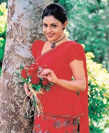 Yashoda Wimaladharma fb
